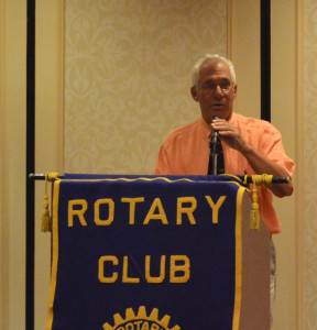 RotaryLunch2015_064PeterRustin